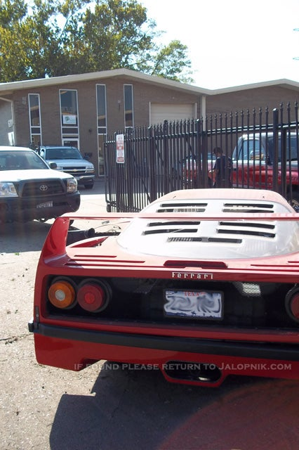 Mechanic wrecks out-of-town owner's $500,000 Ferrari F40