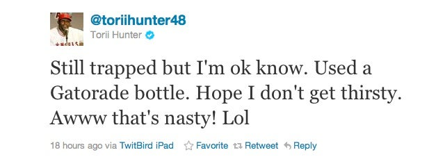 Torii Hunter Gets Trapped In An Oxygen Chamber, Pisses In a Bottle, Tweets