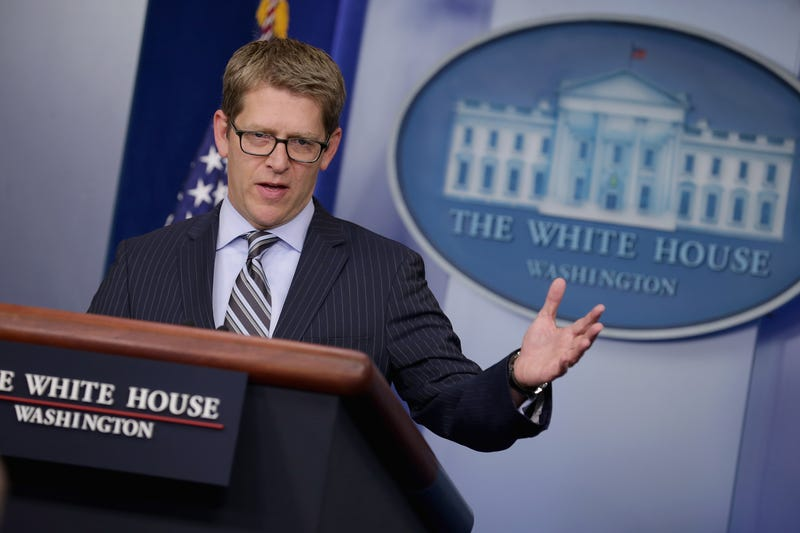 Ex-White House Press Secretary Jay Carney May Flack for Apple or Uber