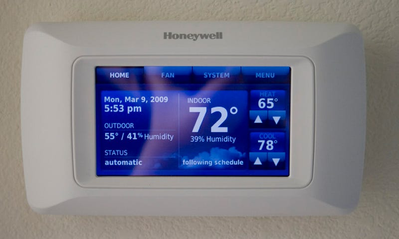 Honeywell Touchscreen Thermostat and Portable Remote Review