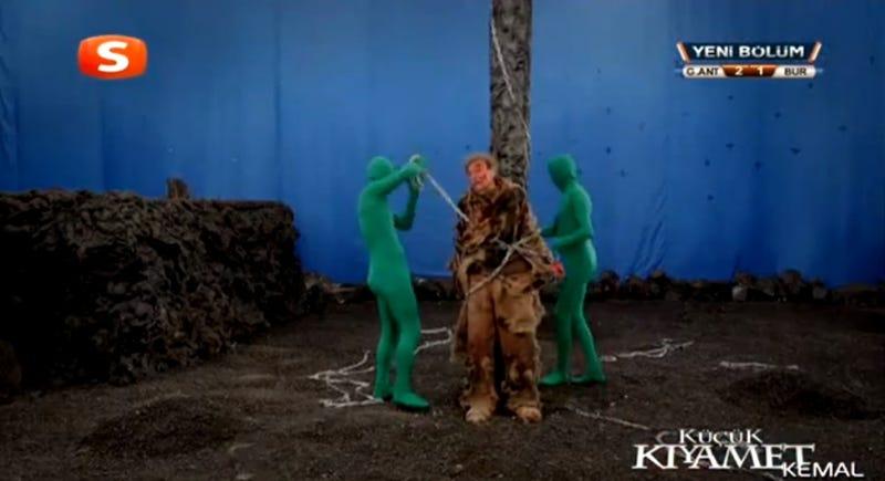 Egy török tévéfilmben egyszer csak lehagyták a speciális effekteket
