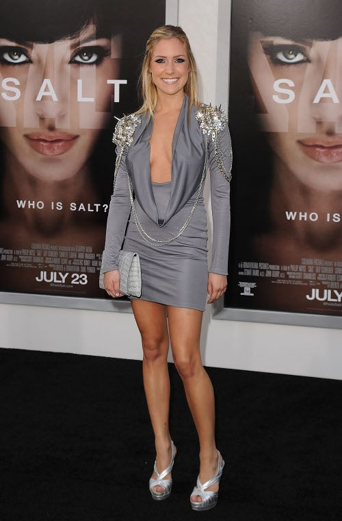Very Tight Dresses Premiere On The Salt Red Carpet
