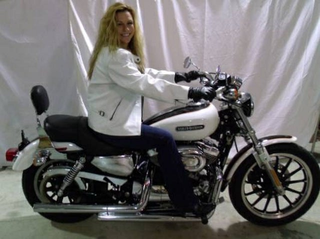 Wife Tells Hubby to Choose Between Her and Harley; Hubby Sells Both
