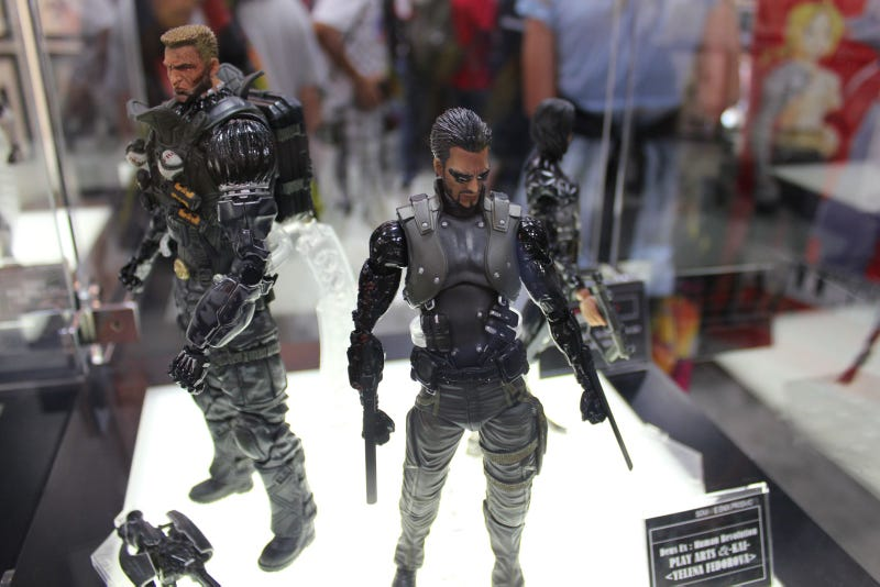 Batman, Master Chief, Solid Snake & Sam Gideon are Square Enix's Newest, Most Beautiful Action Figures