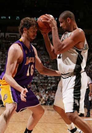 NBA Playoffs: Lakers-Spurs, Game 4