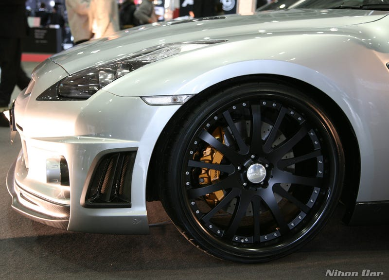 Wald Tunes Nissan GT-R and Lexus IS-F For Tokyo Auto Salon