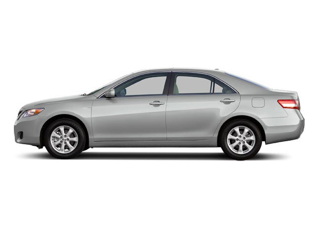 In the Autoblognik Garage: 2011 Toyota Camry SE EVP2