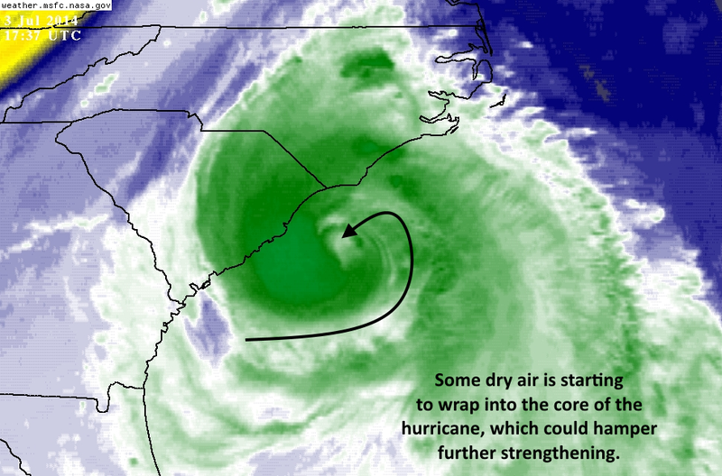 What to Expect as 90 MPH Hurricane Arthur Batters the Carolinas