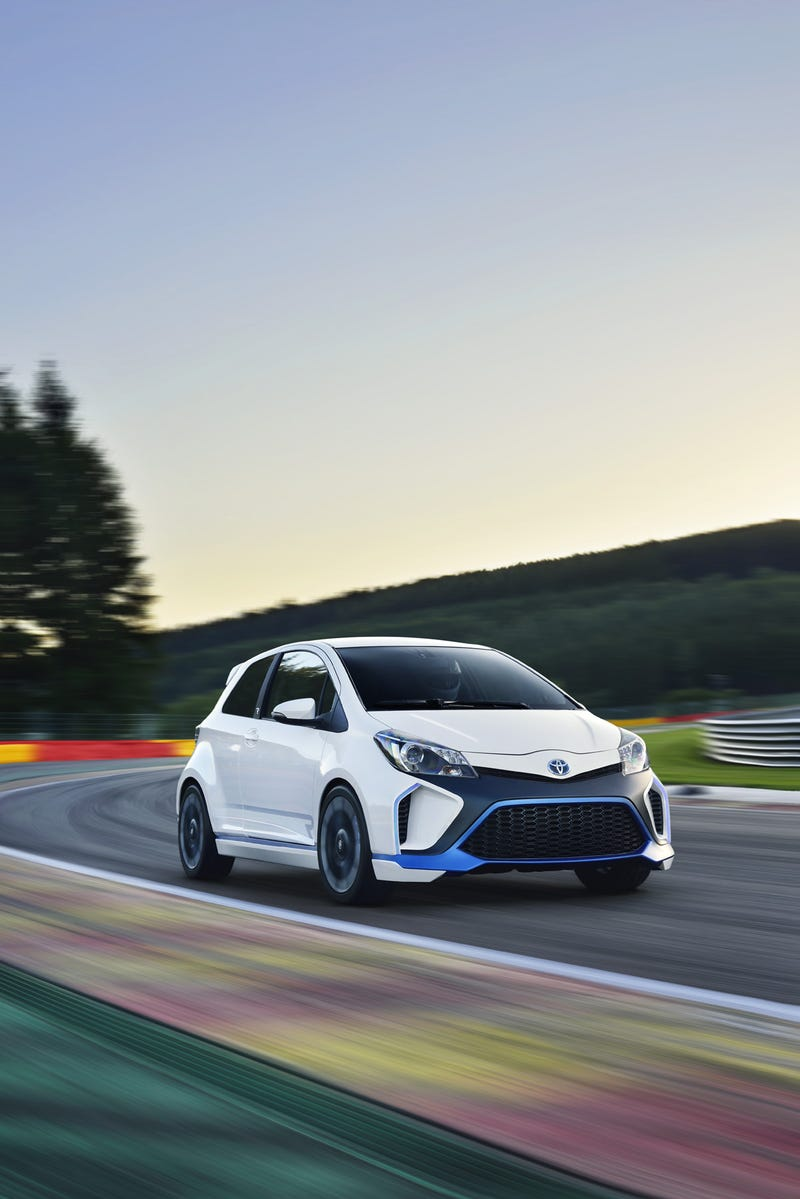 Yaris Hybrid-R Concept Full Reveal