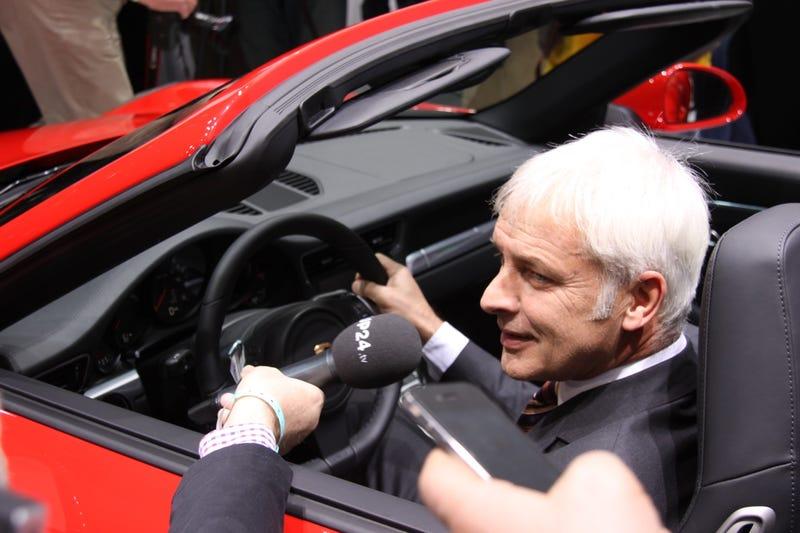 Porsche 911 Cabriolet: Detroit Auto Show Live Photos
