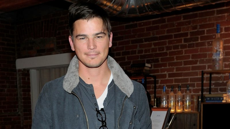 How Are Things Going for Josh Hartnett?