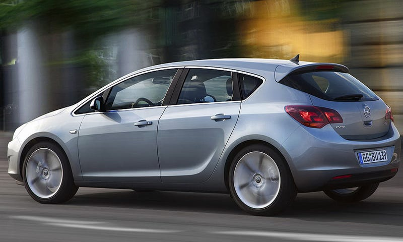 2010 Opel Astra: Cruze, Volt Get A German Brother