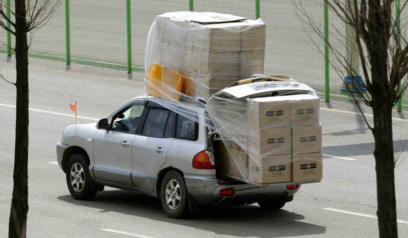 South Koreans Heroically Overpack Cars And Get Out Of North Korea