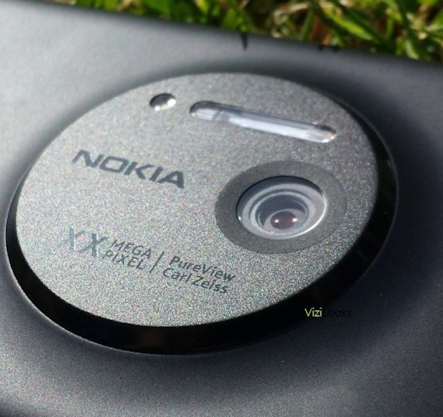 Is This Nokia's Full-On PureView Windows Phone?