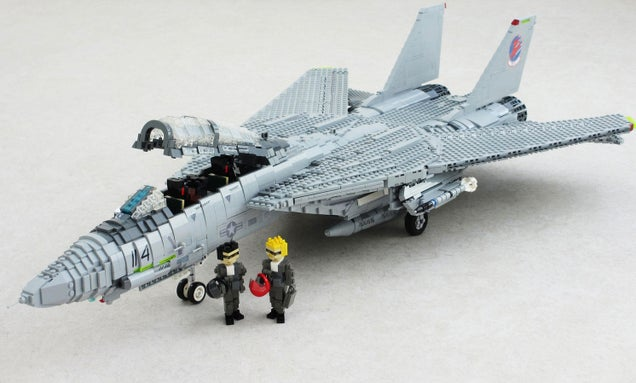 LEGO Top Gun Should Be On The Front Page Of Every Newspaper