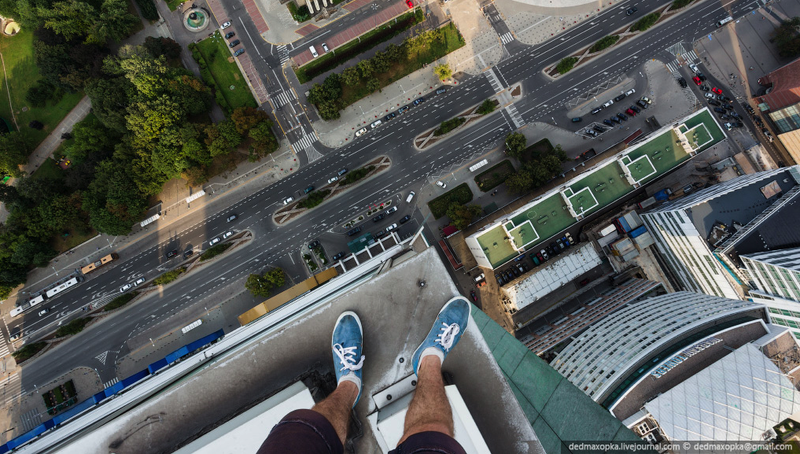 These Stomach-Churning Images Were Shot From the Edges of Skyscrapers