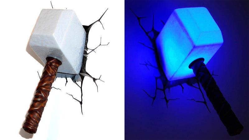 Las lámparas de Los Vengadores que no querrás quitar de la pared