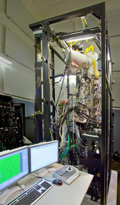 Atomic Structures Captured by New, Ultra-Powerful Microscope