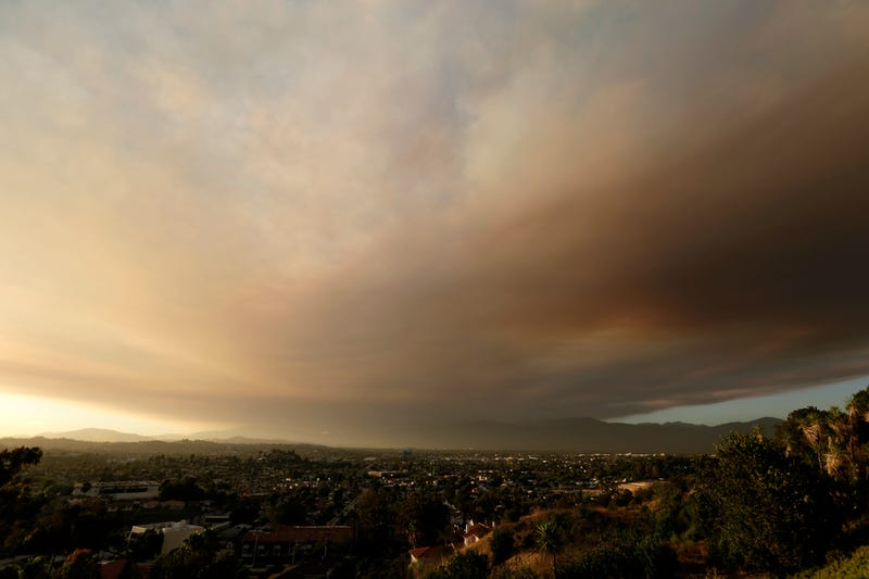 A California Brush Fire Made The L.A. Sky Look Like the End of Days