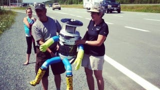 This Robot Just Successfully Hitchhiked Across Canada