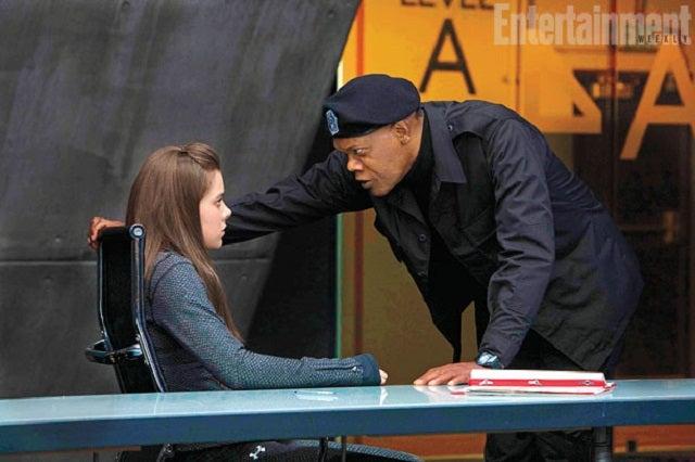 Teen Assassin Hailee Steinfeld's Toughest Mission: High School