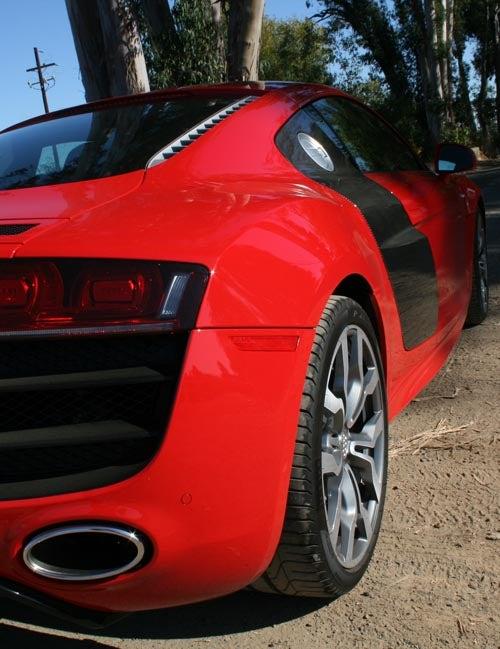 "VIDEO: Jeremy Clarkson On Audi R8 5.2 FSI: ""Perfect"""