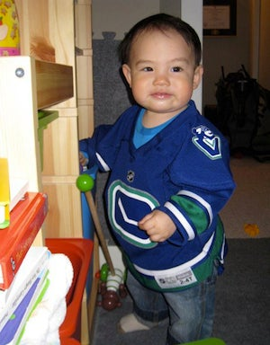 Your Canucks/Bruins Open Thread, Cute Baby Edition