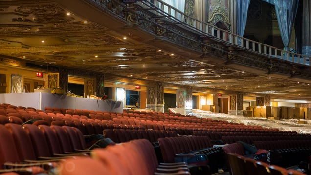 The Extraordinary Restoration of a 1920s Temple of Cinema