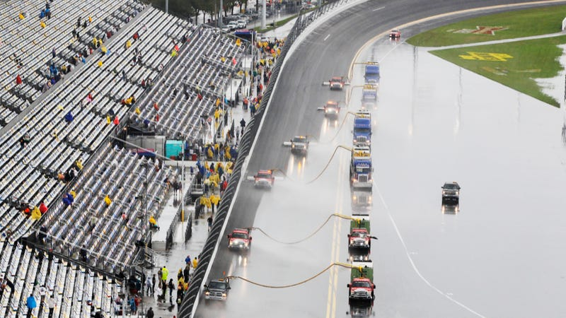 The 2014 Daytona 500 Has Been A Ridiculously Wet Mess, In Pictures