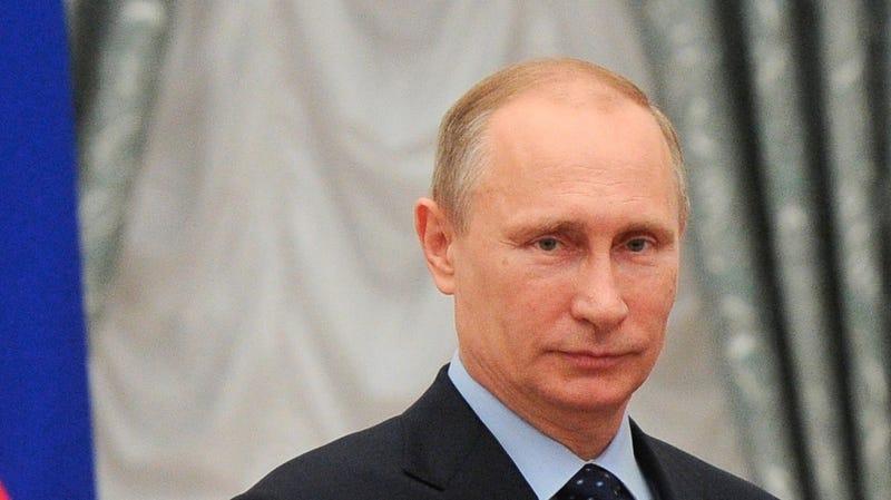 Noted Strong Man Vladimir Putin Calls Hillary Clinton a Weak Woman