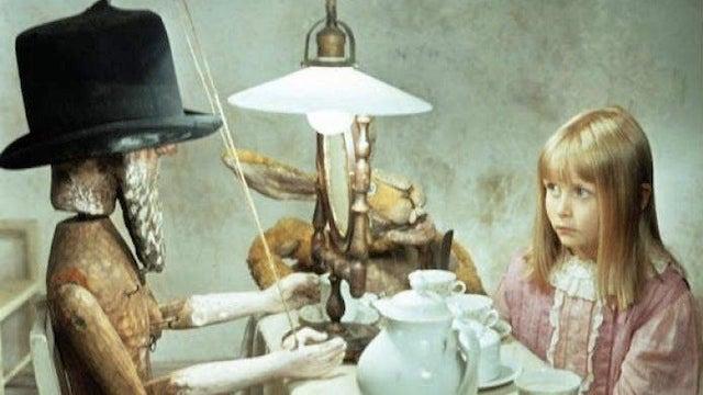 The weirdest Alice in Wonderland movie ever made