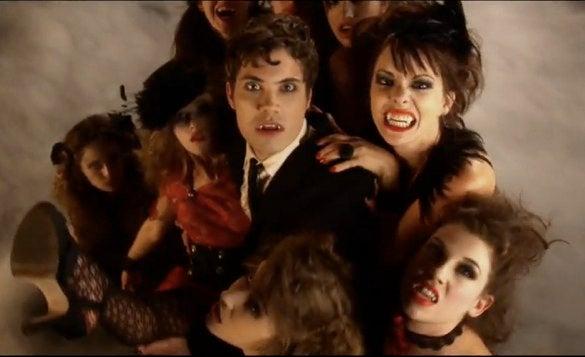 Romero Crazies Remake Actually Pretty Insane, Plus Twilight Sings