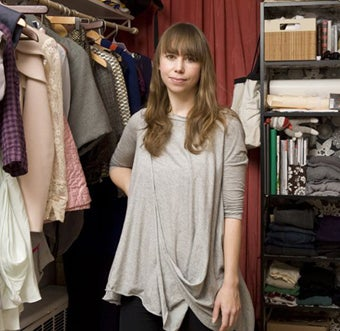 """Eco-Friendly Fabrics, Thrift Store Skirts & A Gold """"Hot Sauce"""" Locket: Inside The Closet Of Project Runway's Leanne"""
