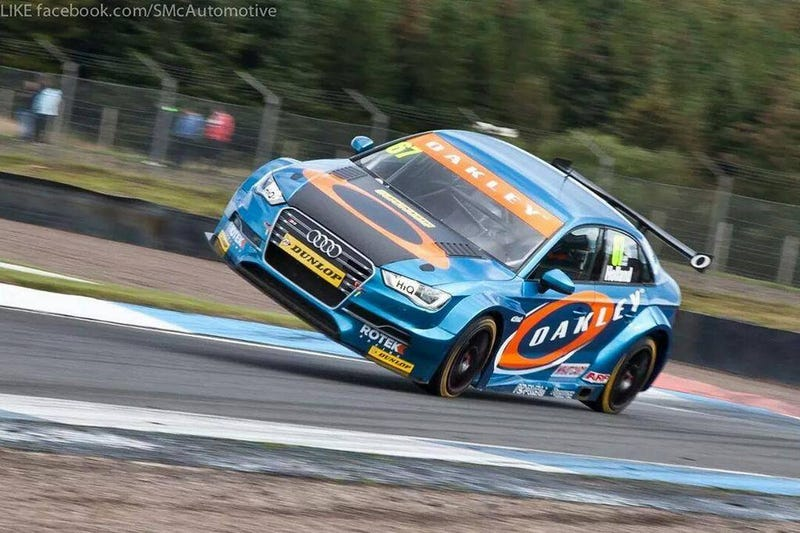 Robb Holland Jumps at the Knockhill Circuit!