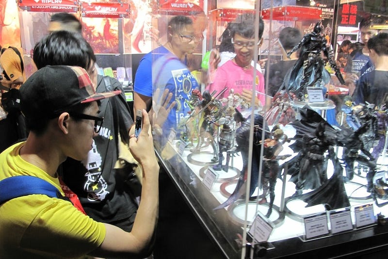 Geeks, Games, and Extremely Bored Booth Companions at China Joy 2013