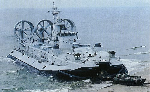"""Russia's Zubr Hovercraft May Finally Justify Use Of """"Xtreme"""""""