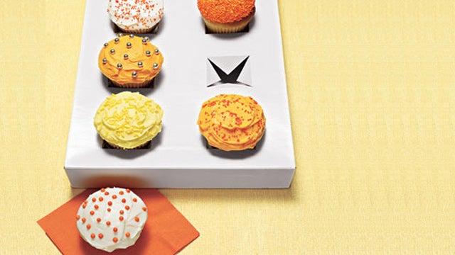 Repurpose a Gift Box as a Cupcake Carrier