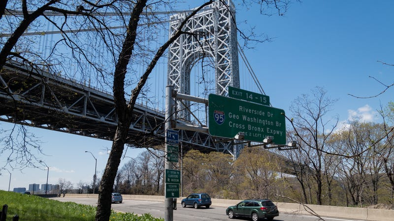 Walk Manhattan's Entire 32-Mile Shoreline In 25 Images