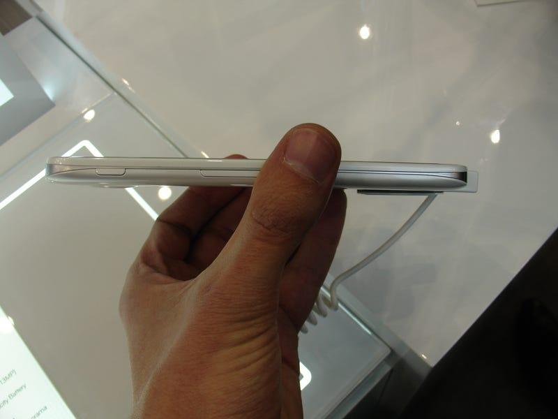 """Probamos el último """"phablet"""" de LG, el Optimus G Pro de 5,5 pulgadas"""
