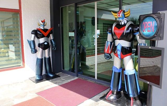 South Korea Has a Restaurant for Giant Robot Geeks