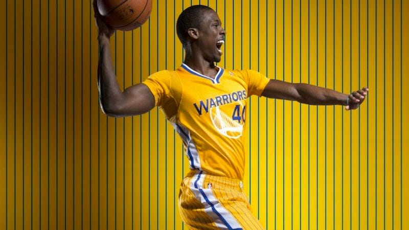 The Golden State Warriors' New Alternate Jersey Has Sleeves, For Some Reason
