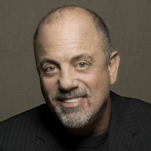 Billy Joel Destroys Snobby Critic