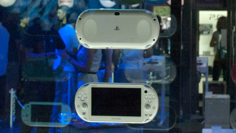 OLED or Not, the New PS Vita Seems Fine!