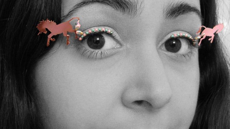 Don't Worry, We've Got Your NYE Look on Lock: Unicorn Eyelashes