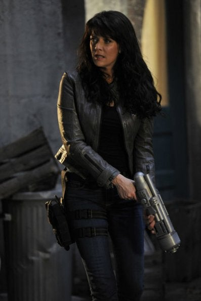 """Sanctuary 4x06, """"Homecoming"""" Pictures"""