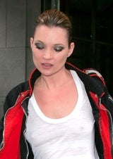 Kate Moss Just Wanted To Powder Her Nose, Jerks