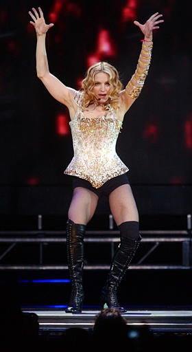 Madonna Not At Risk For Swine Flu • Sarah Jessica Parker Expecting Twins