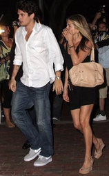 Jennifer Aniston Dumps John Mayer Over Twitter Addiction