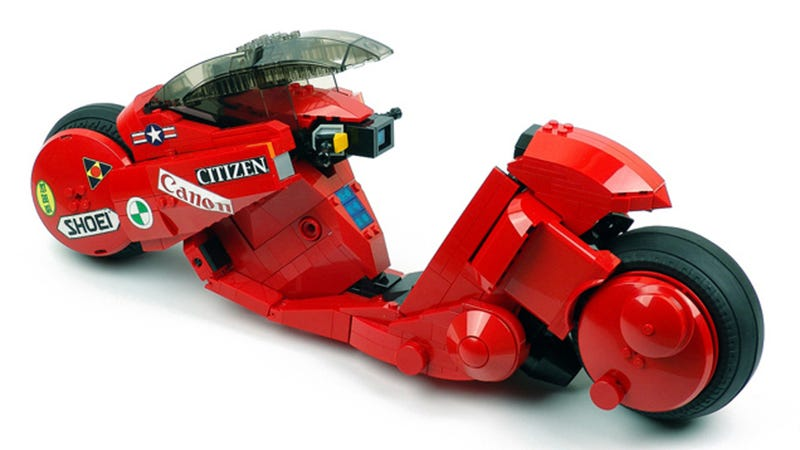 Awesome Lego Kaneda's bike from Akira is a must-have