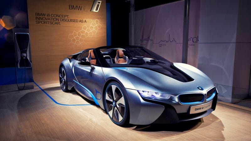 How the BMW i8 Concept Makes Green Look Gorgeous